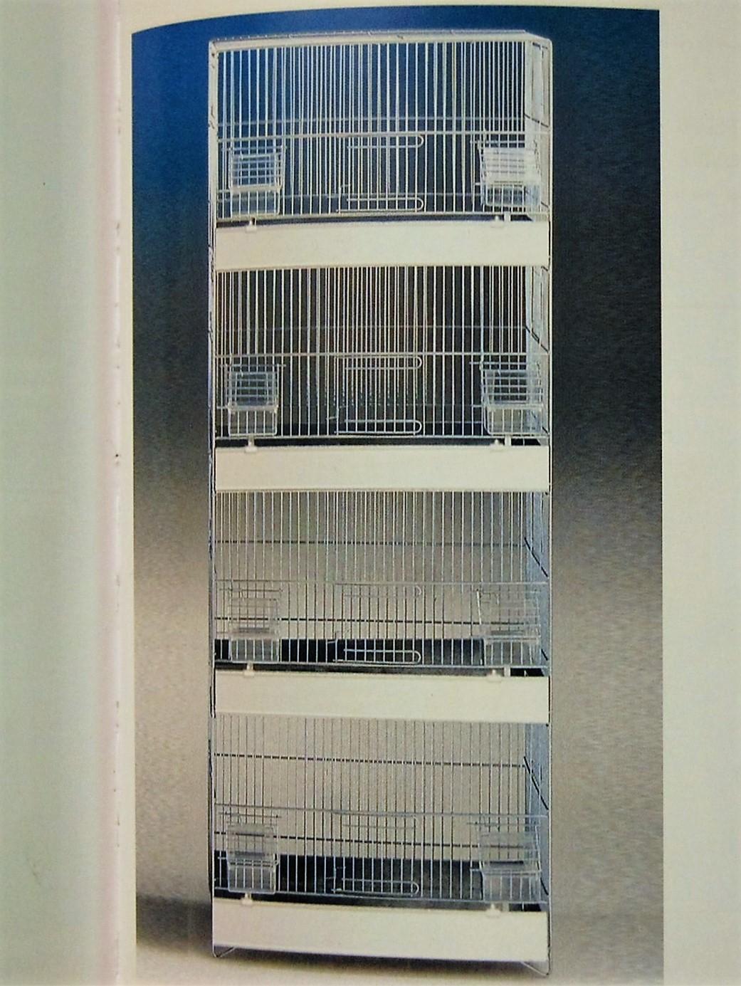 Toren vier hoog wit gepoedercoat (45x25x120)
